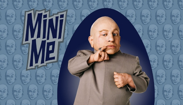 Mini Me interprété par Verne Troyer dans le film Austin Power