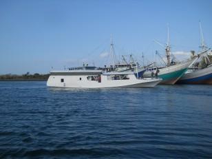 Le bateau qui va nous faire découvrir les petites îles de la Sonde