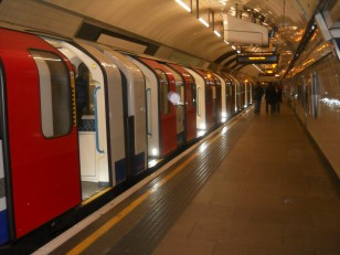 "Le London Underground, autrement dit le ""Tube"""
