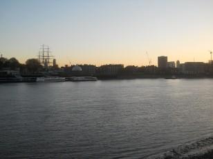 La vue depuis l'autre rive