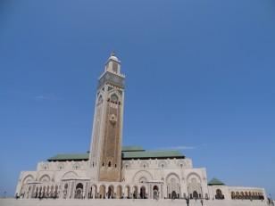 Casablanca : La mosquée Hassan II et son immense minaret (200 mètres de hauteur)