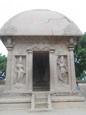 Mahabalipuram : Ce 1er ratha est consacré à Durga. Son lion est même garé devant.