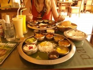 Pondichéry : Des thalis (menus du jour)