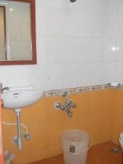 Chennai : Malgré les apparences luxueuses, la salle de bain est sommaire