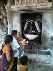 Tanjore : De nombreux indiens y viennent se recueillir et prier…