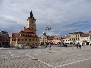 Brașov: Le cœur historique avec la place  Sfatului et la maison du Conseil