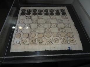 Sighetu Marmației: Un jeu d'échecs cousu par Radu Rosetti