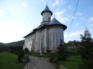 Tazlău: Le monastère