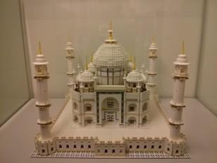 Prague: Le musée Lego. Il contient plusieurs pièces dont une avec les monuments les plus célèbres au monde…
