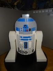 Prague: Même R2-D2 y est reconstitué en petites briques!