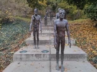 Prague: Le Mémorial des victimes du Communisme d'Olbram Zoubek