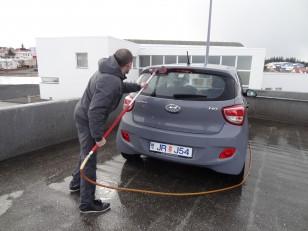 Hafnarfjarðarvegur : 1er lavage de voiture