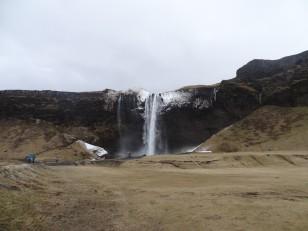 Le Sud de l'Islande : La 1ère cascade de Seljalandsfoss