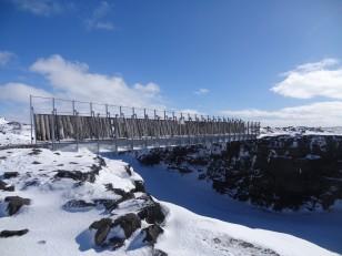 La péninsule de Reykjanes : Le pont Miðlína