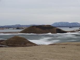 Le Nord de l'Islande : Les cratères de Skútustaðir, autour du lac Mývatn