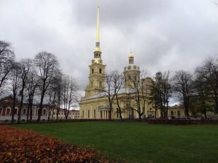 Saint-Pétersbourg: La cathédrale Pierre-et-Paul…