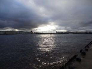 Saint-Pétersbourg: La plage, la Neva et le musée de l'Ermitage