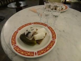 Saint-Pétersbourg: Les 3 vodkas de dégustation, avec des en-cas