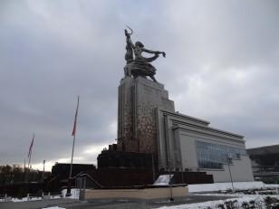 """Moscou: La sculpture """"L'ouvrier et la Kolkhozienne"""""""